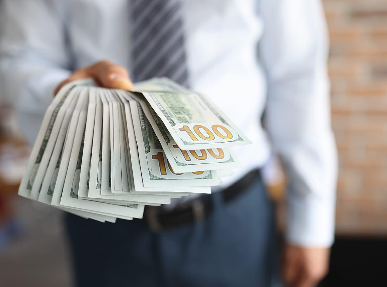 How Merchant Cash Advance Funding Can Help You